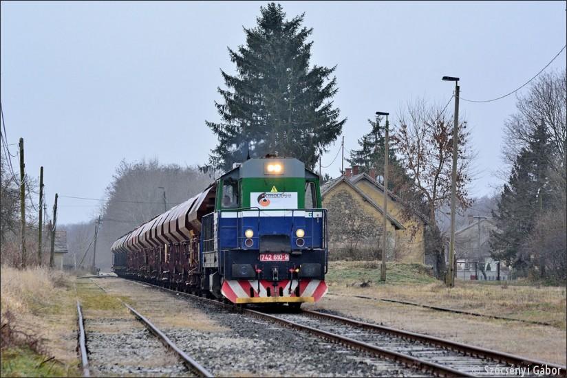 © Szőcsényi Gábor